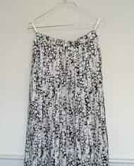 saet-skjorte-og-nederdel-pufaermer-plisse-moenster-genbrug-trend-2