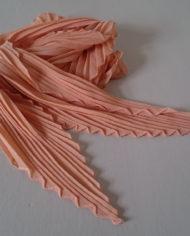 Tørklæde – Plisse – Fersken – Vintage – Genbrug – Trend – Mie Arida – 4