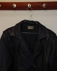 Læderjakke – 80's – Oversize – Koksgrå – Illum – Retro – Genbrug – Trend – Mie Arida – Detaljer