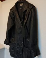 Læderjakke – 80's – Oversize – Koksgrå – Illum – Retro – Genbrug – Trend – Mie Arida – Siden