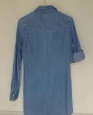 Skjorte – Denim – Perlemor – Retro – Genbrug – Trend – Mie Arida – Bagfra
