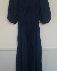 Kjole – Marineblå – Plisse – 70'er – Retro – Genbrug – Mie Arida – Bagfra