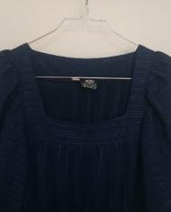 Kjole – Marineblå – Plisse – 70'er – Retro – Genbrug – Mie Arida – Nærbillede 2