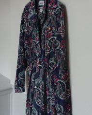 Kjole – Slå om effekt – Paisleymønster – Vintage – Genbrug – Trend – Mie Arida – Siden