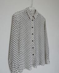 Skjorte – Polkaprikker – Sort og Hvid – 80's – Vintage – Genbrug – Trend – Mie Arida – Siden