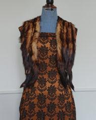 Kjole – Cocktailkjole – Skræddersyet – 60's – Brokadestof – Vintage – Genbrug – Trend – Mie Arida – Med Pels