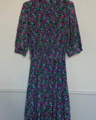 Kjole – Kittel – Blomstret – Satin – USA – Retro – Vintage – Genbrug – Trend – Mie Arida – Bagfra