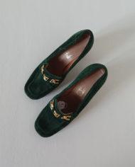 Sko – Loafers – Ruskind – Guld – Flaskegrøn – Vintage – Genbrug – Trend – Mie Arida – Oppefra