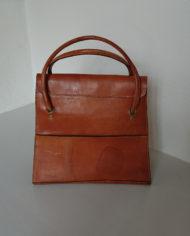 Taske – Kernelæder – Skoletaske – Monogram – Retro – Vintage – Trend – Mie Arida – Bagfra
