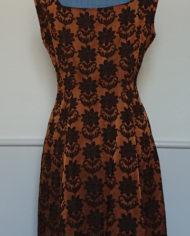 Kjole – Cocktailkjole – Skræddersyet – 60's – Brokadestof – Vintage – Genbrug – Trend – Mie Arida – Bagfra