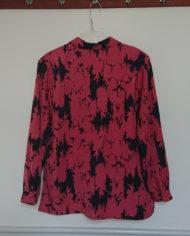 Skjorte – Abstrakt – Laksefarvet – Sort – 80's – Retro – Vintage – Genbrug – Trend – Mie Arida – Bagfra