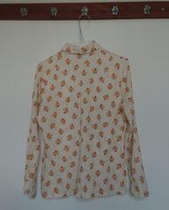 Skjorte – Flipperkrave – Blomster – Faconsyet – 70's – Retro – Vintage – Genbrug – Trend – Mie Arida – Bagfra